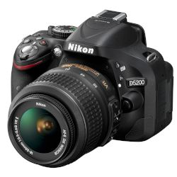 Nikon Digital Camera D5200 Kit (18-55mm VR II)