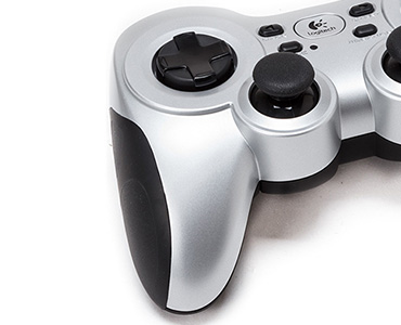 Logitech Gamepad Wireless Rumble F710